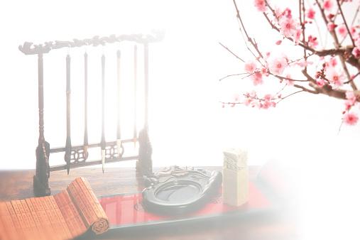 梅の花「Plum blossom and handwriting items」:スマホ壁紙(4)
