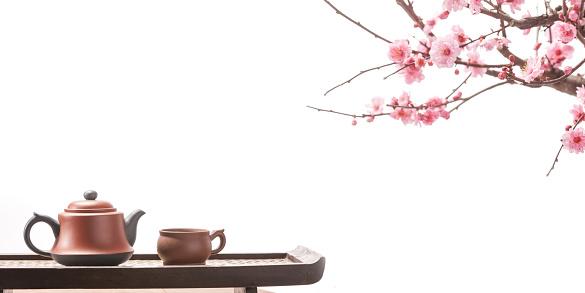 梅の花「Plum blossom and teapot」:スマホ壁紙(12)