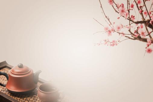 梅の花「Plum blossom and teapot」:スマホ壁紙(7)