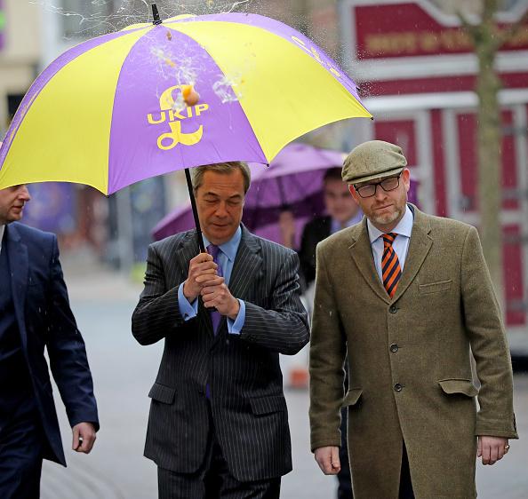 MEP「Nigel Farage Attend Public Meeting In Stoke Ahead Of By-election」:写真・画像(16)[壁紙.com]