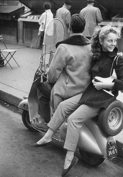 Erich Auerbach「Parisian Skater」:写真・画像(18)[壁紙.com]