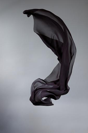 Silk「Flying black silk」:スマホ壁紙(5)