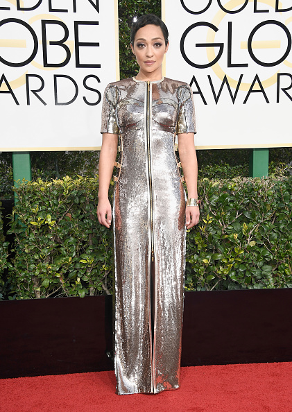 Silver Colored「74th Annual Golden Globe Awards - Arrivals」:写真・画像(19)[壁紙.com]