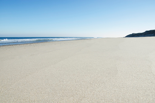 Water's Edge「USA, Massachusetts, Cape Cod, Nausea Beach, Empty beach on sunny day」:スマホ壁紙(6)