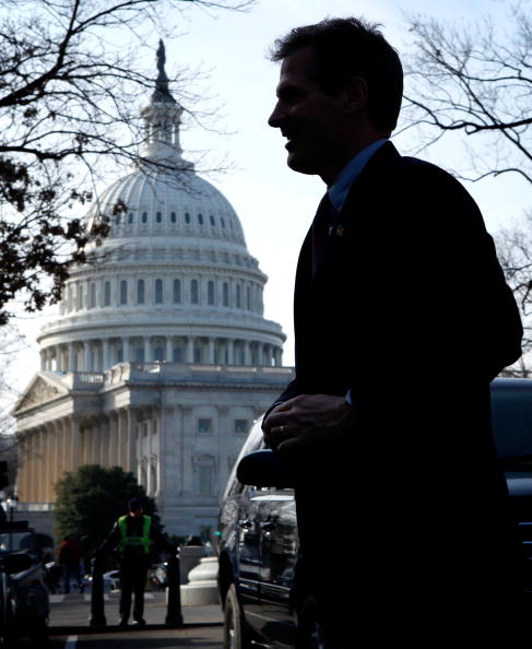 Variation「Massachusetts Senator-Elect Scott Brown Comes To Capitol Hill」:写真・画像(7)[壁紙.com]