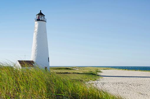 Massachusetts「USA, Massachusetts, Nantucket, Great Point Lighthouse on overgrown beach against clear sky」:スマホ壁紙(10)
