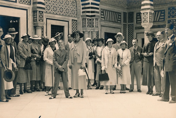 Passenger Craft「Tourists on an excursion from a cruise, possibly in Sidi Bou Said, Tunisia, 1936.」:写真・画像(15)[壁紙.com]