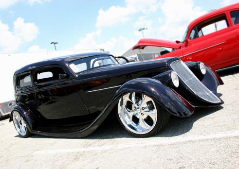 Hot Rod Car「Black antique model car with red car next to it 」:スマホ壁紙(10)