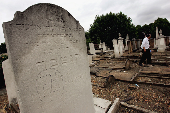 Europe「Graves Are Desecrated In Anti-Semitic Attack」:写真・画像(1)[壁紙.com]