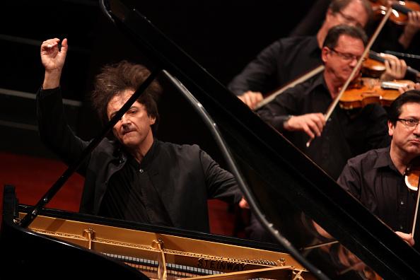 Hiroyuki Ito「Mostly Mozart」:写真・画像(2)[壁紙.com]