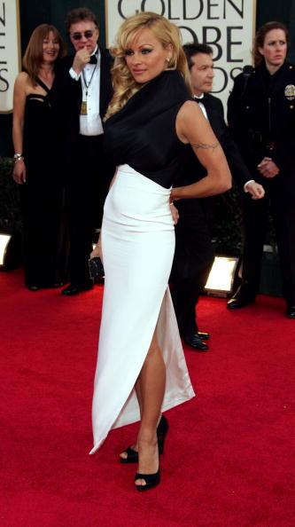 Slit - Clothing「63rd Annual Golden Globes - Arrivals」:写真・画像(14)[壁紙.com]