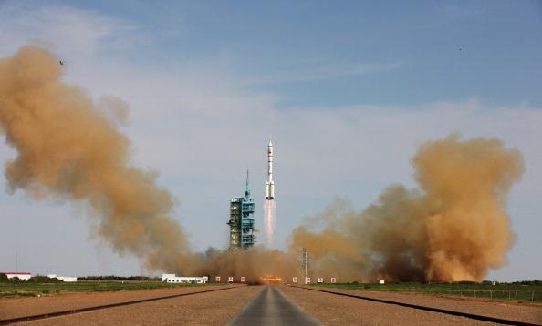 宇宙「China Launches Shenzhou X」:写真・画像(19)[壁紙.com]
