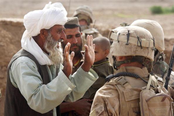 John Moore「U.S. Marines On Operations In Remote Southwest Afghanistan」:写真・画像(1)[壁紙.com]