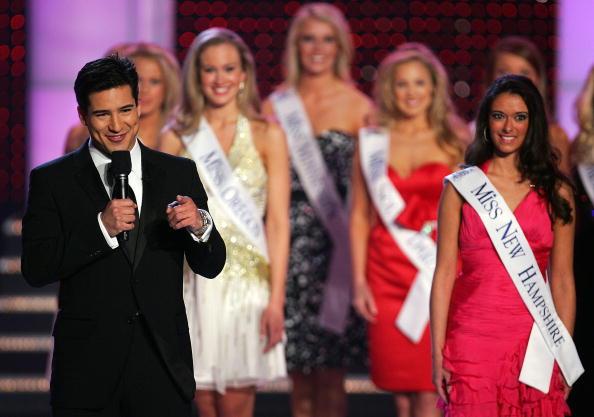 エミリー ヒューズ「2007 Miss America Pageant」:写真・画像(15)[壁紙.com]