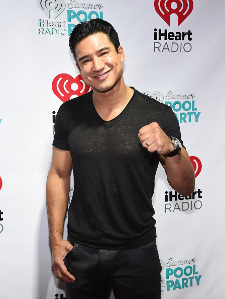 Mario Lopez「The iHeartRadio Summer Pool Party - Backstage」:写真・画像(14)[壁紙.com]