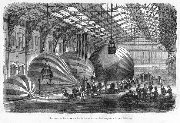 1870-1879「Manufacture Of Mail Balloons At Gare Dorleans During The Siege Of Paris,」:写真・画像(3)[壁紙.com]