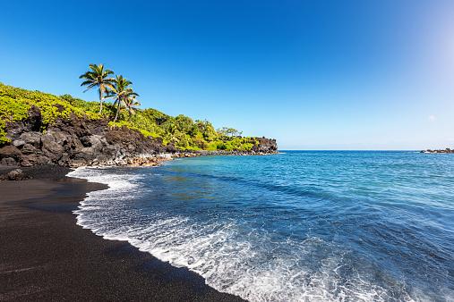 Wave「Lava Beach Waianapanapa Maui」:スマホ壁紙(10)