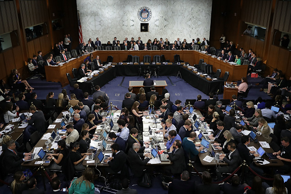 Chairperson「Facebook CEO Mark Zuckerberg Testifies At Joint Senate Commerce/Judiciary Hearing」:写真・画像(17)[壁紙.com]