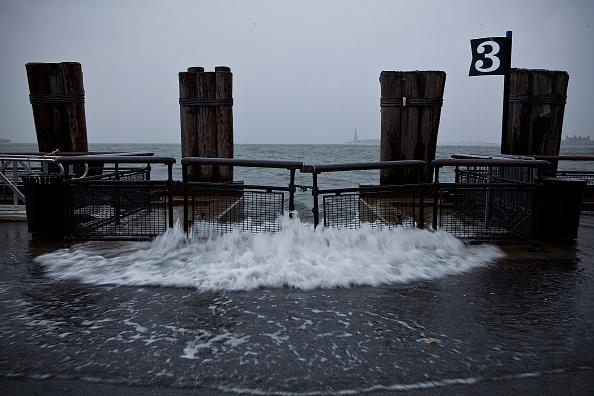 Lower Manhattan「Mid Atlantic Coast Prepares For Hurricane Sandy」:写真・画像(5)[壁紙.com]