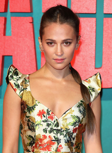 Alicia Vikander「'Tomb Raider' European Premiere - Red Carpet Arrivals」:写真・画像(6)[壁紙.com]