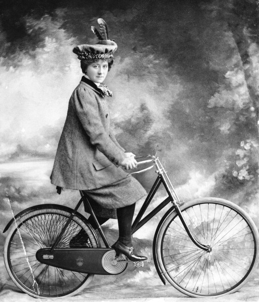 One Woman Only「Lady Cyclist」:写真・画像(17)[壁紙.com]