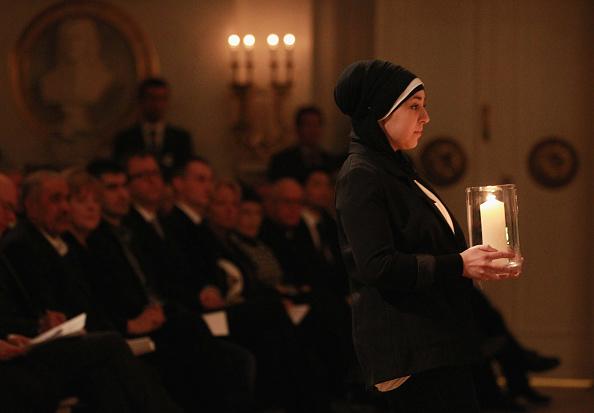 Lighting Equipment「Government Commemorates Neo-Nazi Murder Victims」:写真・画像(11)[壁紙.com]