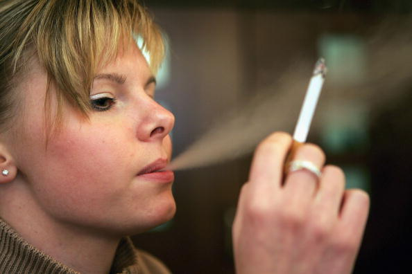 Cigarette「Cigarette Prices Climb」:写真・画像(12)[壁紙.com]