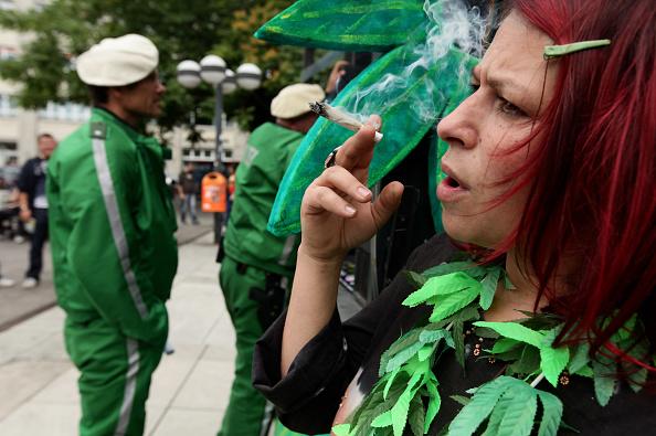 Marijuana - Herbal Cannabis「Marijuana Supporters March In Hemp Parade」:写真・画像(3)[壁紙.com]