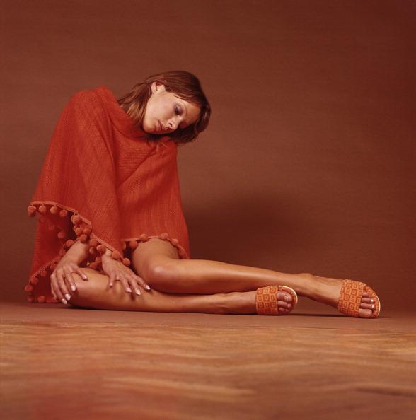 Shoe「Pom Pom Poncho」:写真・画像(18)[壁紙.com]