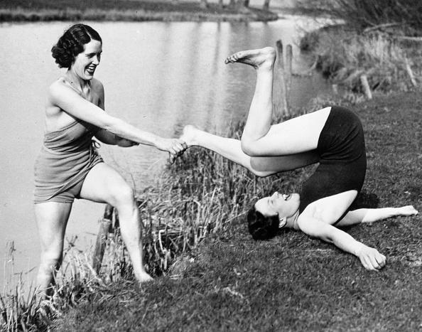 Friendship「Reluctant Swimmer」:写真・画像(17)[壁紙.com]