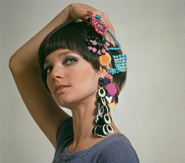 Earring「Sixties Jewellery」:写真・画像(5)[壁紙.com]