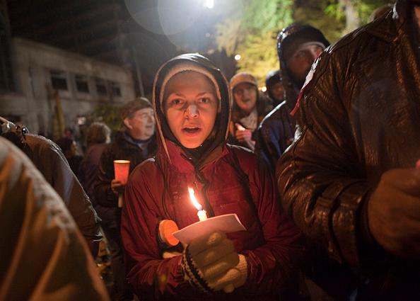 Lighting Equipment「Portland's Mayor Orders Occupy Encampment To Shutdown」:写真・画像(3)[壁紙.com]