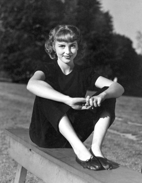 1940-1949「Sitting On A Park Bench」:写真・画像(15)[壁紙.com]