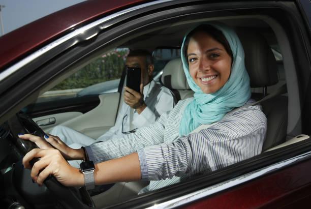 Women Begin Driving In Saudi Arabia:ニュース(壁紙.com)