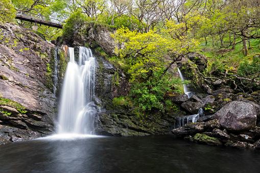 Scotland「Great Britain, Scotland, Scottish Highlands, Loch Lomond, Trossachs, Waterfall of Inversnaid」:スマホ壁紙(13)
