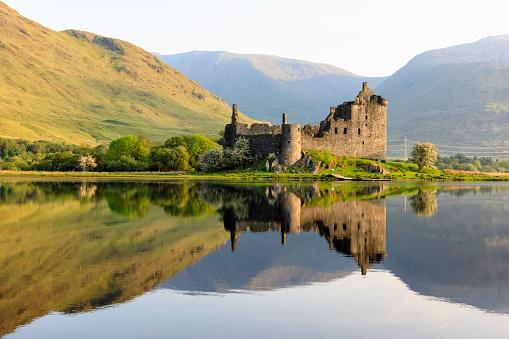 Scotland「Great Britain, Scotland, Scottish Highlands, Argyll and Bute, Loch Awe, Castle Ruin Kilchurn Castle」:スマホ壁紙(5)
