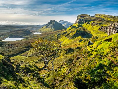 Quirang「Great Britain, Scotland, Isle of Skye, Mountain pass near Quiraing」:スマホ壁紙(12)