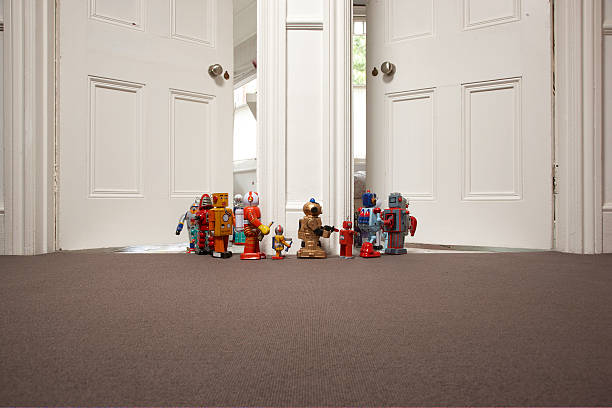 toy robots going from one room to another:スマホ壁紙(壁紙.com)