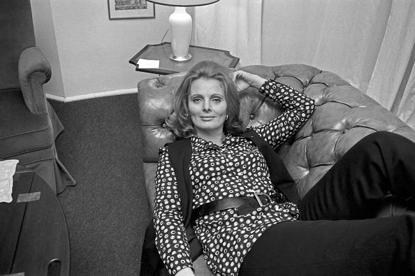 Sofa「Ruth Maria Kubitschek」:写真・画像(18)[壁紙.com]