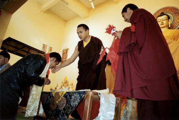 Tom Stoddart Archive「17th Karmapa,The Boy God」:写真・画像(12)[壁紙.com]