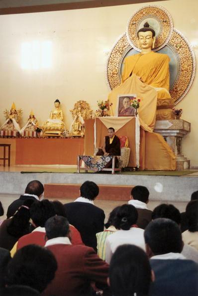 Tom Stoddart Archive「17th Karmapa,The Boy God」:写真・画像(14)[壁紙.com]