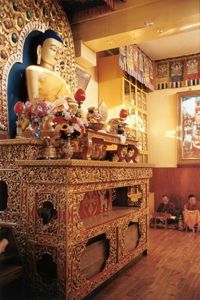 Tom Stoddart Archive「17th Karmapa,The Boy God」:写真・画像(13)[壁紙.com]