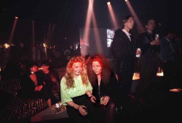 Clubbing「Nightclub Stare」:写真・画像(13)[壁紙.com]