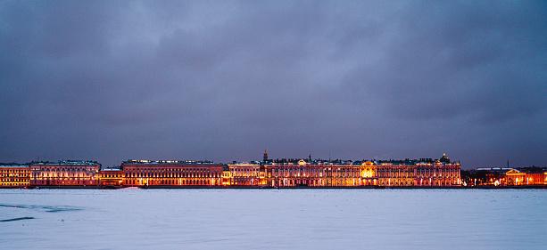 Neva River「St. Petersburg Cityscape at Winter」:スマホ壁紙(3)