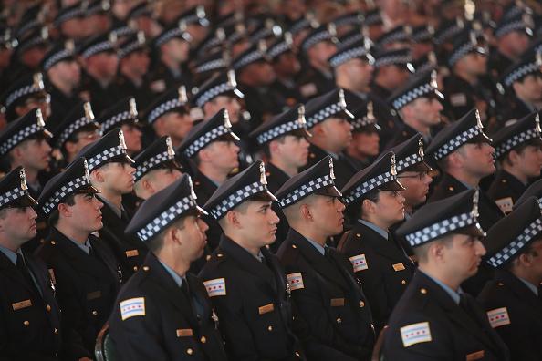 Police Force「Graduation Ceremony Held For Chicago Police Department Cadets」:写真・画像(17)[壁紙.com]