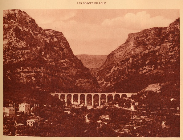 Physical Geography「The Viaduct And The Access To The Gorges」:写真・画像(1)[壁紙.com]