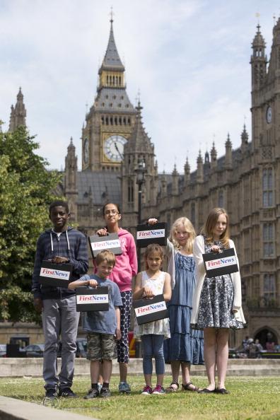 Teenager「School Children Interview Chancellor George Osborne」:写真・画像(4)[壁紙.com]
