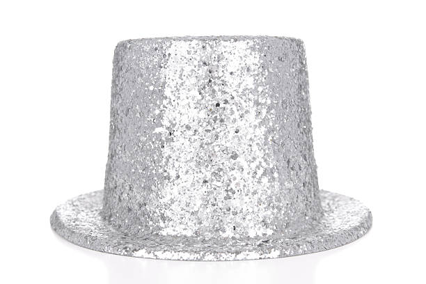 Silver glitter top hat on white background:スマホ壁紙(壁紙.com)