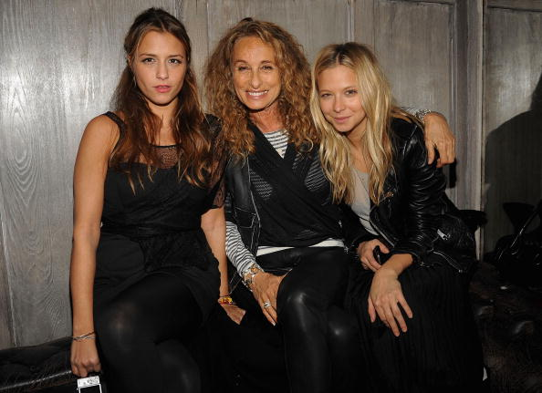 Annabelle Dexter Jones「Given Liqueur Sponsors Charlotte Ronson's Fall 2010 After Party」:写真・画像(2)[壁紙.com]