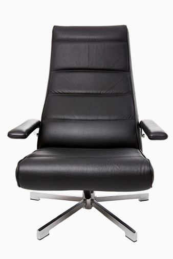 革「Studio shot of leather office chair」:スマホ壁紙(13)
